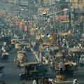 Strada di Nuova Delhi (India) intasata dal traffico