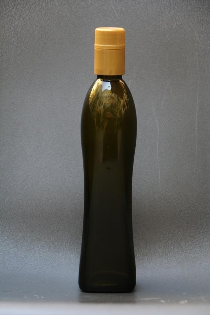 bottigliaoliovincitrice.jpg