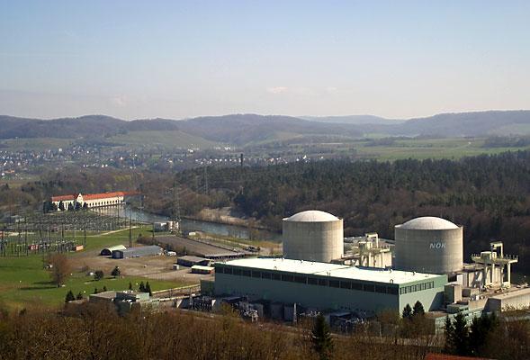 centralenuclearebeznausvizzera.jpg