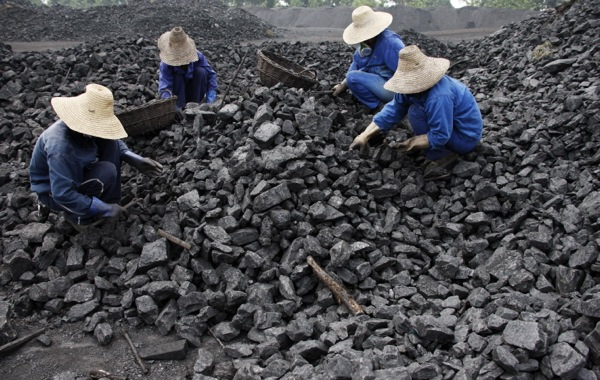 china-to-shut-down-2000-coal-mines-this-year.jpg