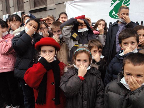 bambinieinquinamento.jpg