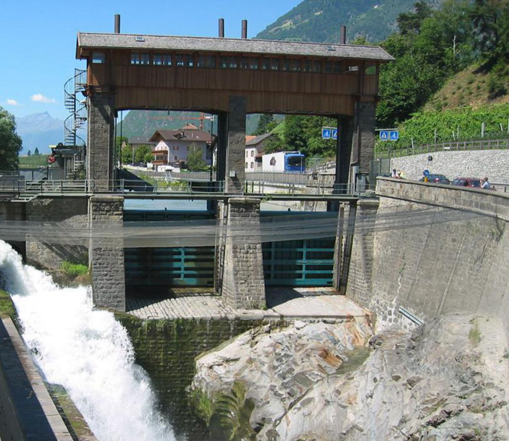 centrale-idroelettrica-tel-marlengo.jpg