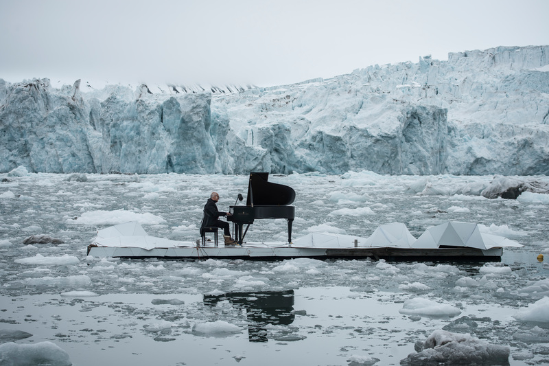 einaudi-concerto-artico-greenpeace2.jpg