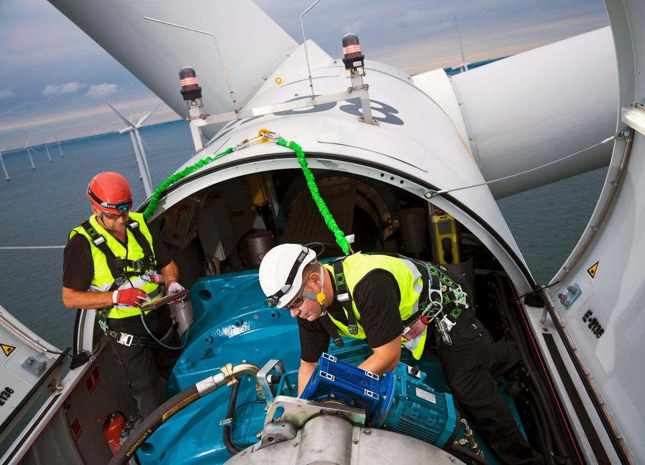 offshorewindturbineinstalla.jpg