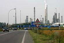 raffineria-eni-sannazzaro.jpg