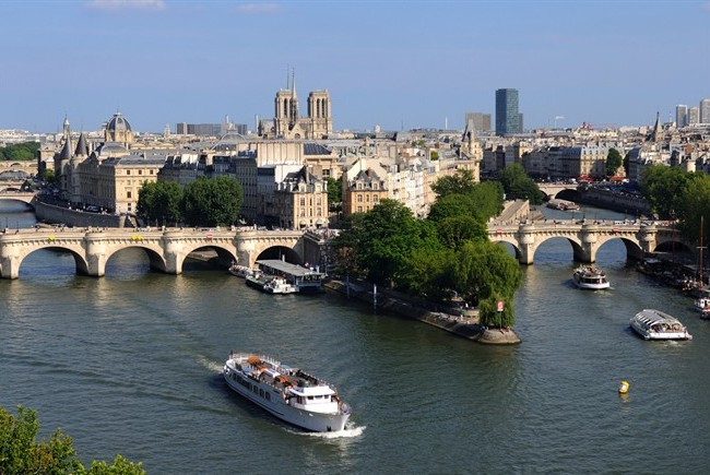 pont-neuf-lile-cite-parigi650x435.jpg