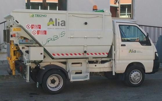 alia-mezzo-raccolta-rifiuti.jpg