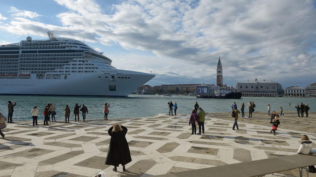 grandi-navi-msc-venezia.jpg