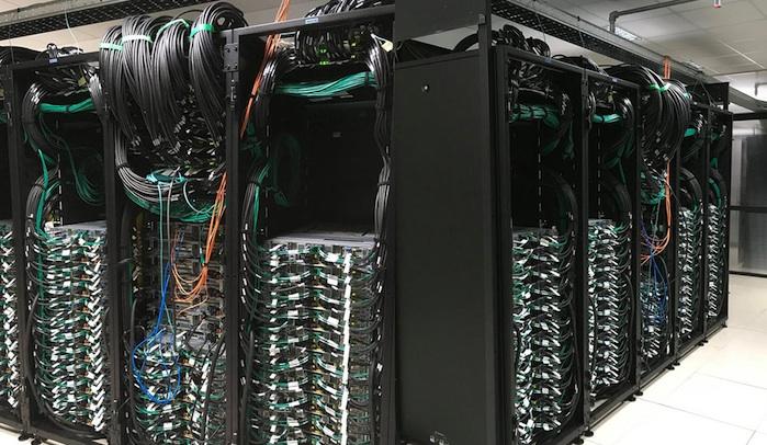 supercomputercresco.jpg
