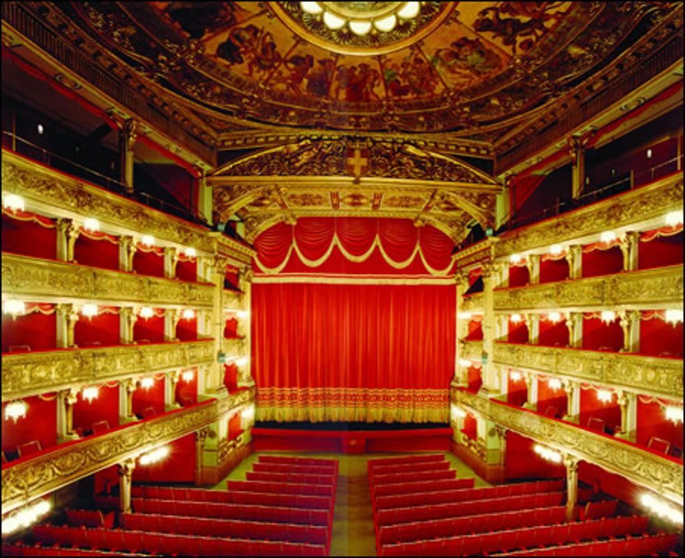 teatro-carignano.jpg