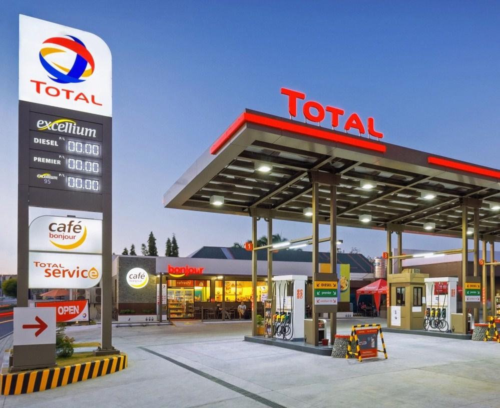 total-gas-station.jpg