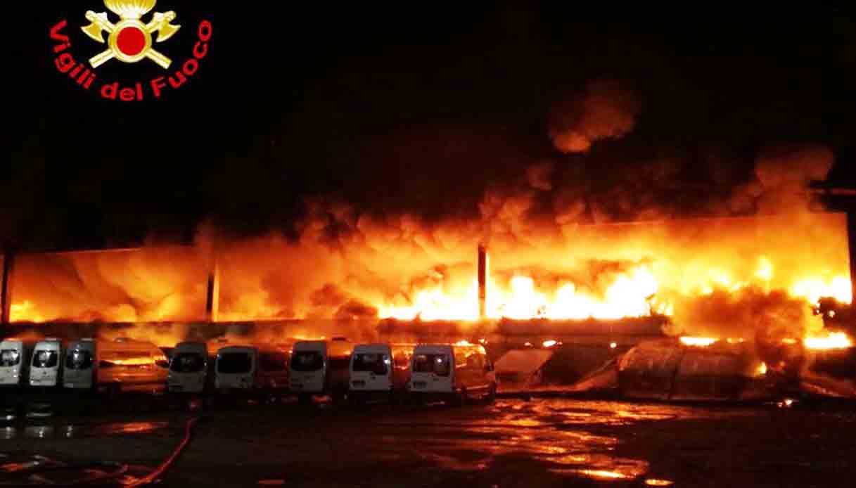 incendio-ipb-milano.jpg