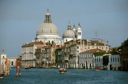 venezia-santa-maria-salute.jpg