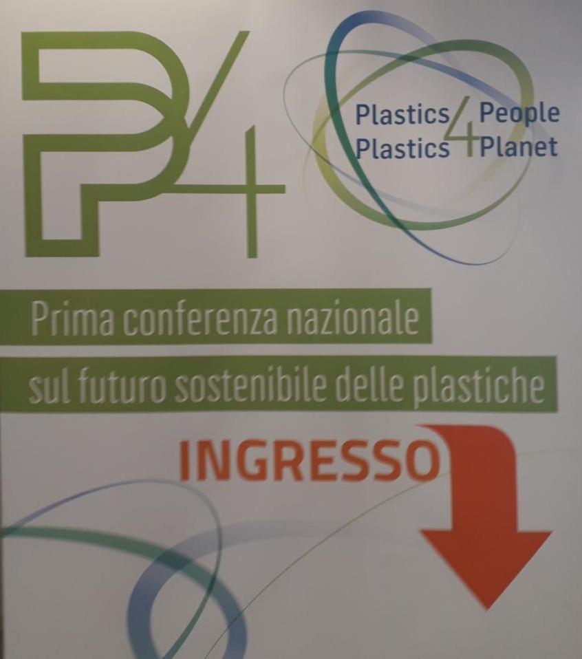 conferenza-plastiche.jpg