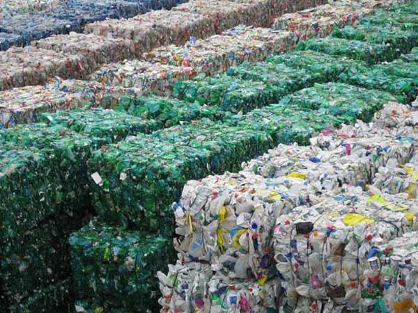 riciclo-plastica-carta.jpg