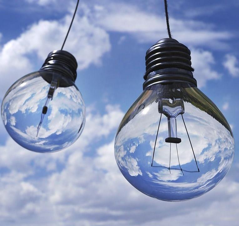 costi-energia-elettrica.jpg