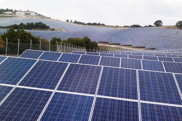 pannelli-fotovoltaici-sardegna.jpg