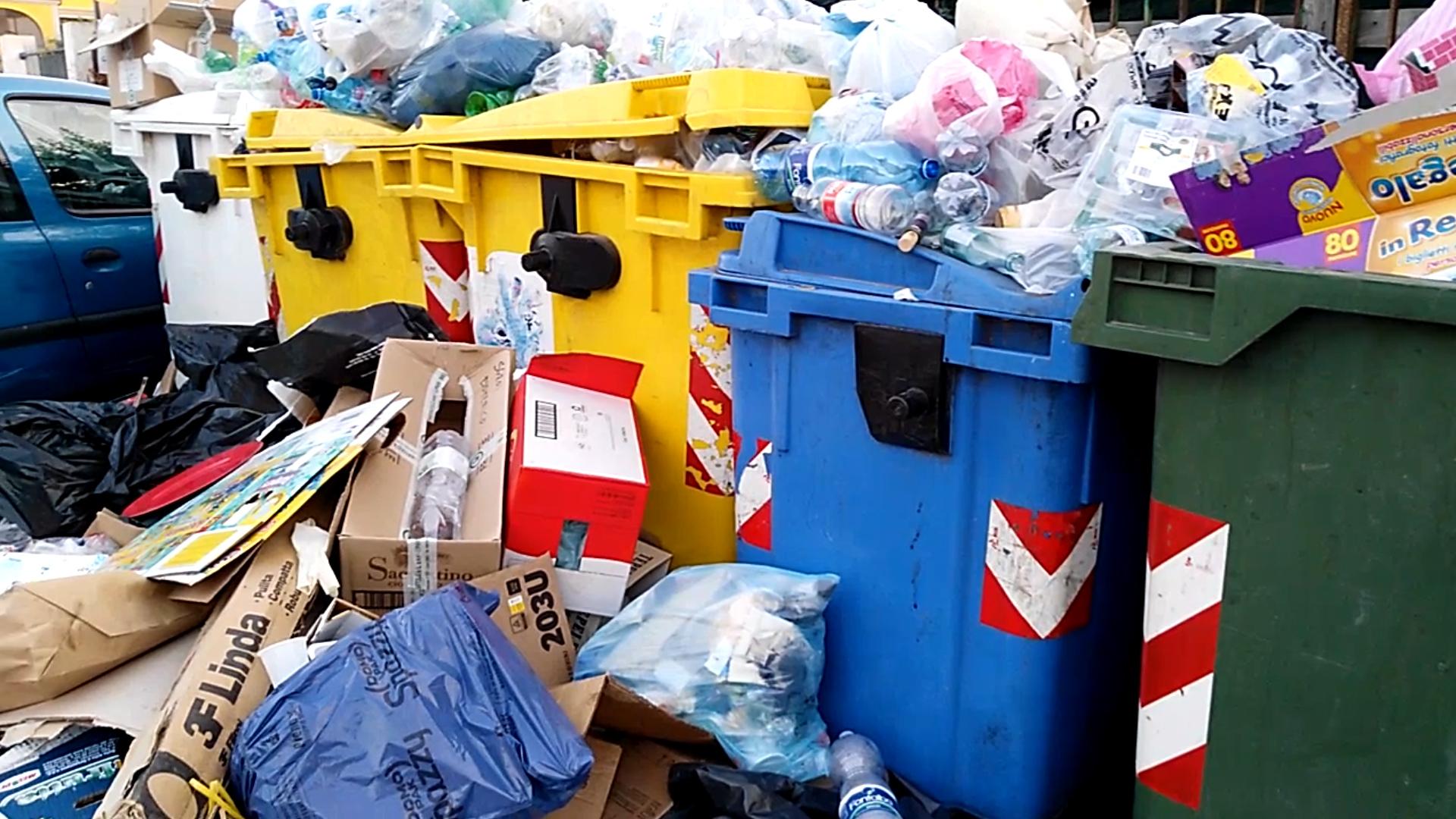 rifiuti-sicilia.jpg