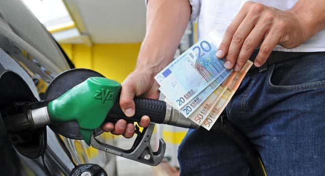 caro-benzina.jpg