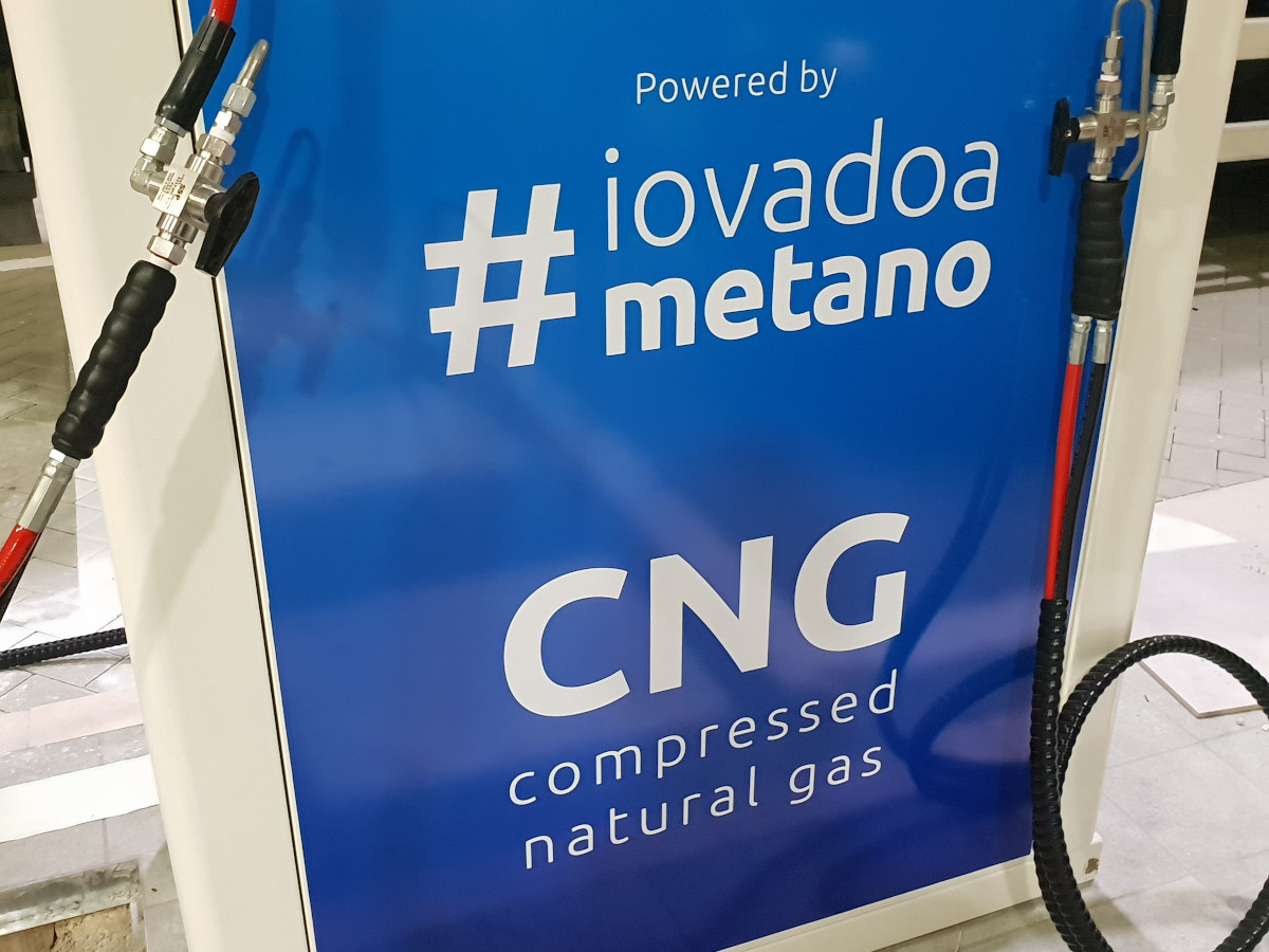 distributore-metano.jpg