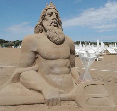 poseidone-scultura-sabbia-marina-ravenna.jpg