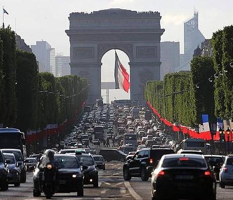 traffico-parigi.jpg