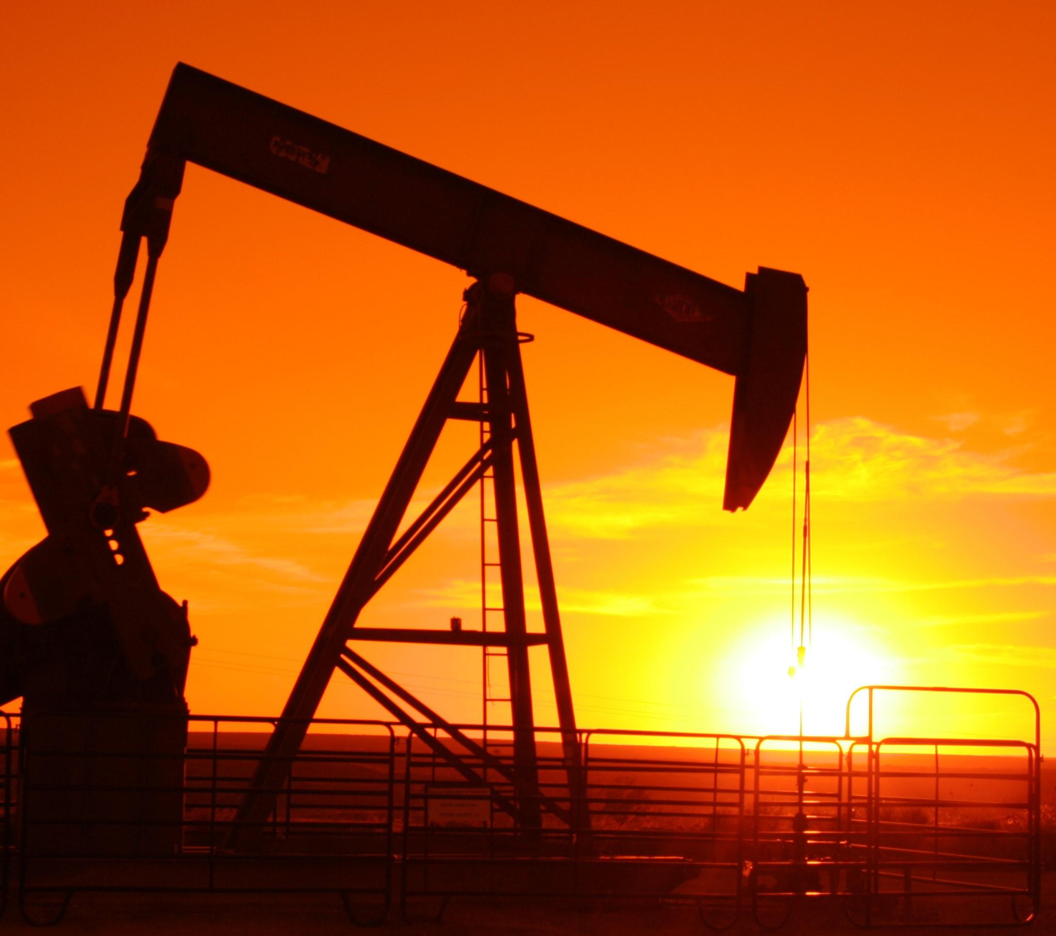fine-petrolio.jpg