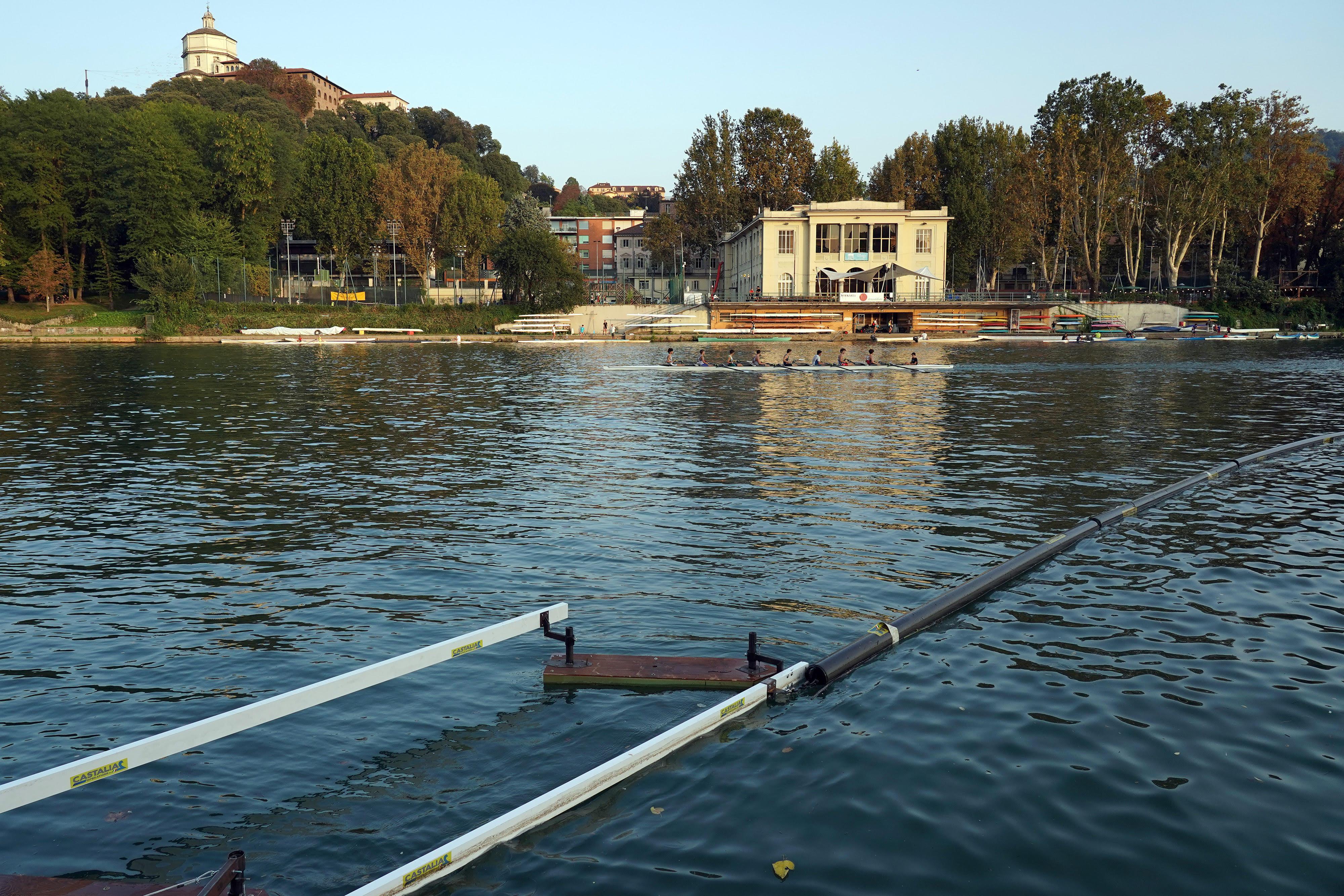 barriere-galleggianti-murazzi-torino-particolari.jpg