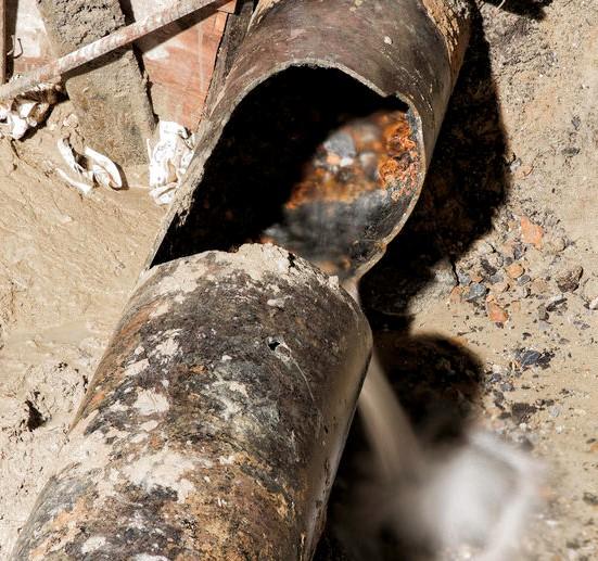 burst-pipe.jpg