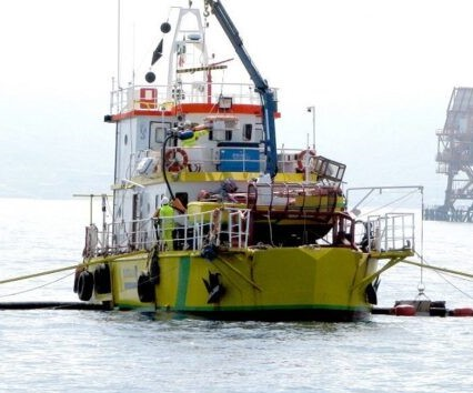 castalia-nave-antinquinamento.jpg