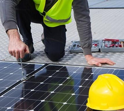 installatore-fotovoltaico.jpg