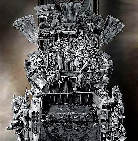 trono-spazzatura.jpg