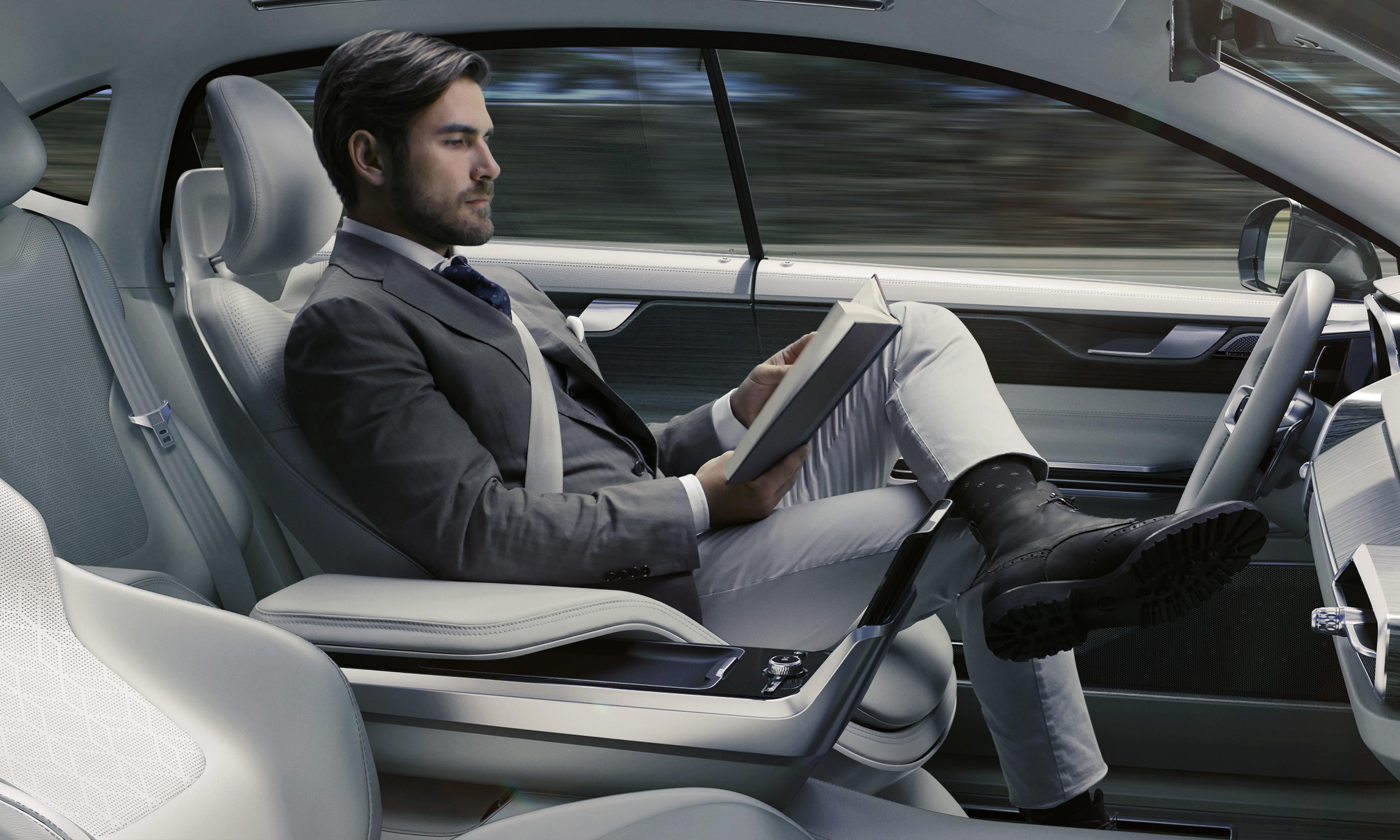 auto-guida-autonoma.jpg