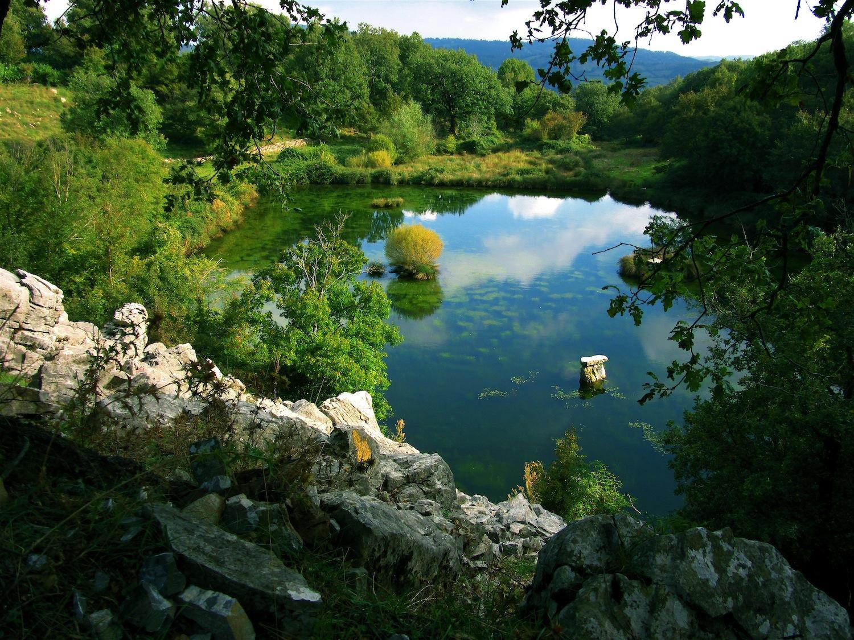 lago-pescinello.jpg