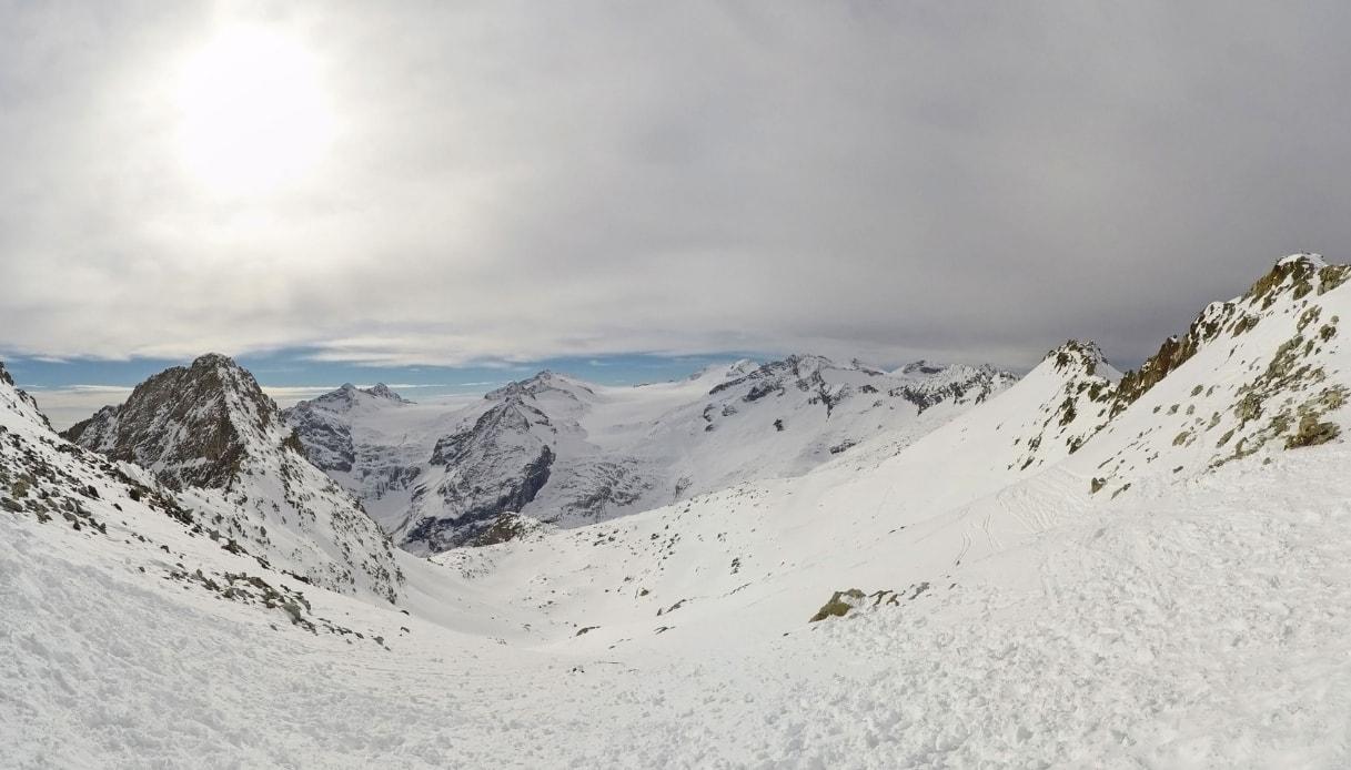 ghiacciauioadamello.jpg
