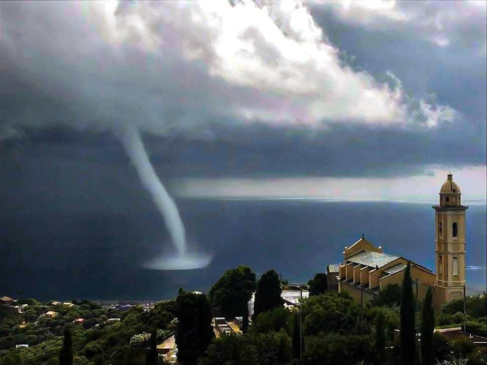 tornado-corsica-15.jpg