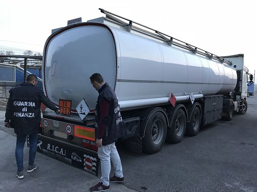 contrabbando-carburanti.jpg